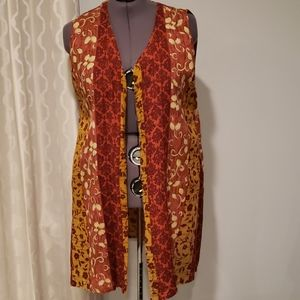 Gabrielle 1X Rust/Gold Long Sleeveless Vest